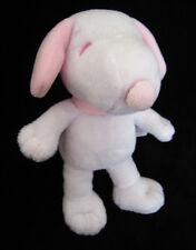 Doudou Peluche Chien Snoopy blanc et rose Gipsy 20 cm