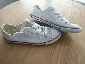 White Converse Size 5 Dainty Slim