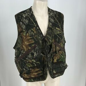 GAME HIDE - MEN'S SIZE LARGE- GREEN & BROWN CAMO FULL ZIP HUNTING VEST