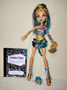 Monster High Nefera De Nile - Campus Stroll 2011. EX DISPLAY ROYAL PERFECTION!
