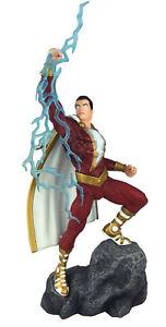 Diamond DC Comics Gallery Shazam Statue