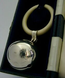 SUPERB ENGLISH SOLID STERLING SILVER BELL RATTLE TEETHING RING CHRISTENING 1989