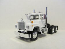 1ST GEAR 1/64 SCALE  R MODEL MACK DAY CAB, WHITE, BLACK FRAME  SAME SCALE AS DCP