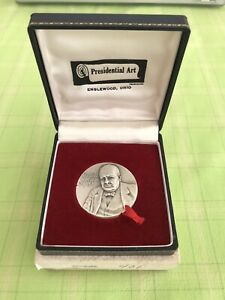 Winston Churchill 4cm Silver Medal with Box and Presentation Case - Medallic Art