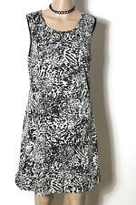 MANGO Kleid Gr. M/L schwarz-grau knielang ärmellos Muster Kleid im Animal Print