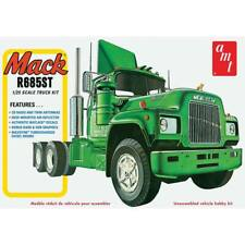 AMT 1:25 Mack R685ST Semi Tractor Toy - 1039