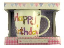 cadeau joyeux anniversaire Tasse emballé