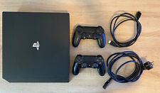 Sony PlayStation 4 Pro CUH7016b mit 2 Controllern
