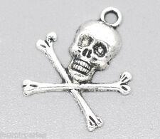 30 Pendentifs Breloques Charms Tête de mort pirate Bijoux Accessoire 24x21mm
