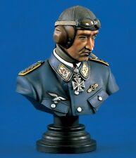 Verlinden 200mm (1/9) Adolf Galland Luftwaffe Ace WWII Bust Set (2 busts) 1341