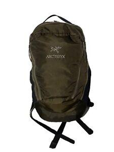 Arc'teryx Mantis 26L Medium Backpack Brown Hiking Backpacking NWT