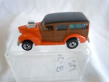 "HOT WHEELS BLACK WALL ""HiRAKERS"" ORANGE ""WOODY"" VAN 1979 HONG KONG  (2)"