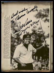 "Lee Trevino Autographed 8x11 AP Photo ""To Thomas Best Wishes, Super Mex"" 185462"