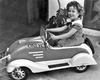 CUTE LITTLE ACTRESS SHIRLEY TEMPLE HER PEDAL CAR AUTOMOBILE 8X10 PHOTO DIMPLES