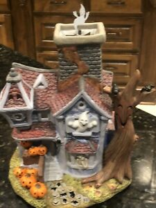 Partylite Halloween Haunted House Ghostly Tealight House With Spinning Ghost