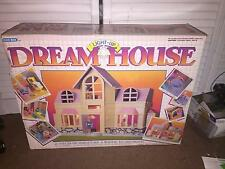 VINTAGE 1980'S BLUE BOX LIGHT UP DREAM HOUSE IN BOX <<NEAR COMPLETE<<WORKS