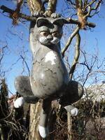 Katze Keramik grau getigert, hängend, frostsicher, Gartendeko