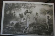 """CPA nu féminin tableau Salon peinture 1903 Croizé """"Les filles desparte"""""""