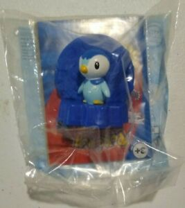 Piplup Pokemon TCG Card Holder 2008 Burger King Rare Sealed NIP