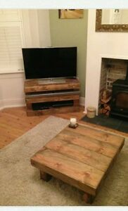 CHUNKY SOLID RUSTIC NATURAL  WOOD FURNITURE SET COFFEE TABLE/CORNER TV UNIT