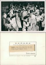 Paris, le bal des enfants sages à Magic City Vintage silver print,Le parc d&#0