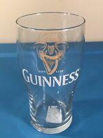 Guinness Irish Draught Gold Harp Logo Pint Beer Drinking Glass White Lettering