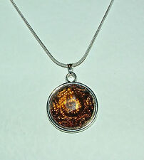 AMBER BROWN SPIRAL DESIGN PENDANT SILVER PLATE MOUNT ROUND CHAIN