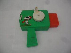 1958 Snoopy & Peanuts Movie Slide Viewer .