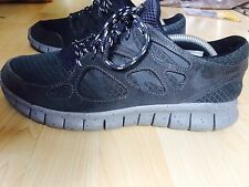 DEADSTOCK 100% ORIGINAL NIKE FREE RUN 2 + PLUS EU 43 US 9.5 UK 8.5 BAPE SUPREME