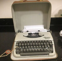 Vintage Olympia Splendid 66 1960s Typewriter + Case Fully Working W Germany