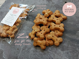 Healthy natural vegan Banana & Blueberry dog / puppy training treats biscuits