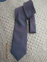 jolie cravate de marque carven  neuve