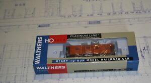 Walthers - Milwaukee Road Rib Side Caboose Oli Version #991913