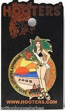 HOOTERS CROWN GIRL 2005 SWIMSUIT BEAUTY PAGEANT WINNER ANNA BURNS LAPEL PIN
