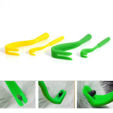 2 Sizes 4Pcs Tick Remover Hook Human/Dog/Pet/Horse/Cat Useful Tool Random Color