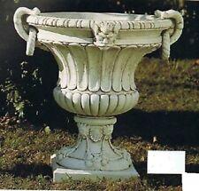 Garten,Vasen,Vase ,Pflanzgefässe,Dekoration,Dekor,Blumengefäß,