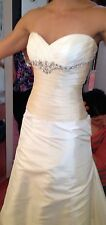 NWT NEW CASABLANCA BRIDAL WEDDING GOWN BEADED RHINESTONE ACCENTS CHAPEL TRAIN
