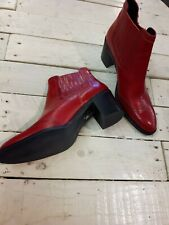 Janie Philip made in France, Red women leather escarpins/booties, size 41