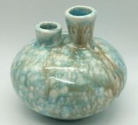 VINTAGE MCM TURQUOISE TAN WHITE DRIP GLAZED POTTERY DOUBLE BUD VASE MARKED DH 70