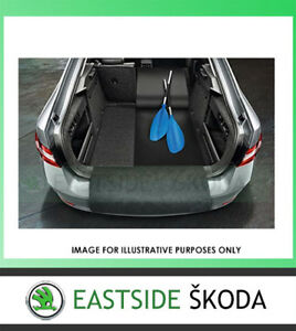 NEW GENUINE SKODA SUPERB FOLD OUT DOUBLE-SIDED RUBBER/TEXTILE BOOT MAT