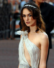 KEIRA KNIGHTLEY 8X10 PHOTO PICTURE HOT SEXY CANDID 66
