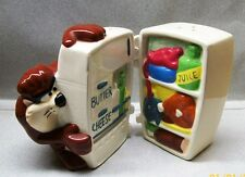 TAZ LOOKING IN REFRIGERATOR SALT & PEPPER SHAKERS VI AC 1E 316