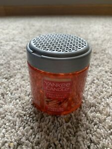 Yankee Candle Fragrance Spheres Neutralizing Beads SPARKLING CINNAMON New