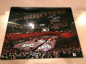NICKLAS LIDSTROM AUTOGRAPHED DETROIT RED WINGS 16X20 Retirement Night #7 Holo