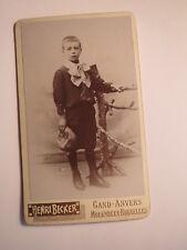 Gand - Anvers - Molenbeek - Bruxelles - stehender Junge mit Mütze / CDV Belgien