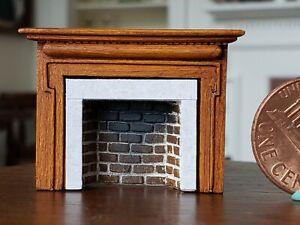 Dollhouse Miniature Artisan Braxton Payne Fireplace Mantle 1/4 Scale 1:48 BrnA