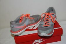 Authentic Nike Women's Shoes size 6 1/2 - Preowned