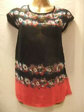 LADIES NwoT Peacocks 12 BLACK,RED+MULTI FLORALS CREPE/CAP SLEEVE CASUAL TOP