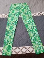 Lularoe Womens One Size leggings - Green and White snowflake/flower pattern