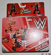 WWE Mighty Mini's Mini Ring (portable) 2 Figures ROMAN REIGNS & SETH ROLLINS OO7